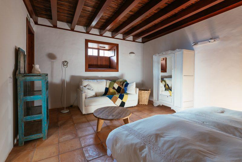 Dormitorio Los Corrales.