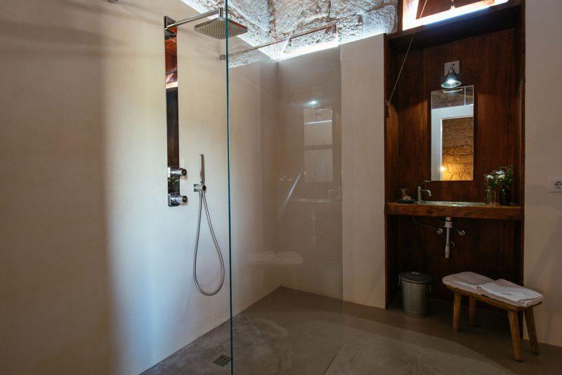 baño-Alpendre-Las-Casas-del-Camino-real-web-(139-de-178)