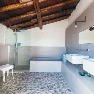 baño-Alpendre-Las-Casas-del-Camino-real-web-(60-de-178)