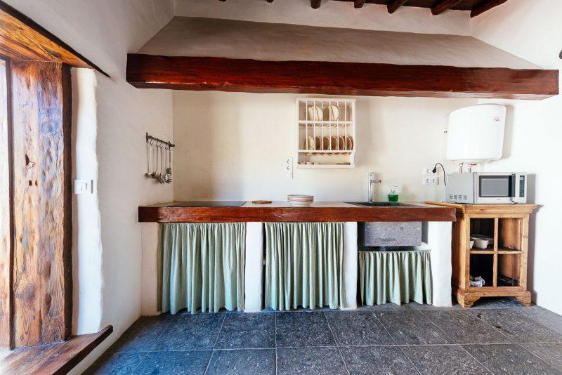 cocina-Alpendre-Las-Casas-del-Camino-real-web-(68-de-178)