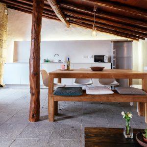 Salón-comedor de la Casa de la Cabrera. Las Casas del Camino Real.