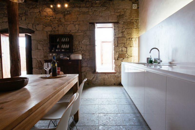Cocina de la  Casa de La Cabrera. Las Casas del Camino Real.